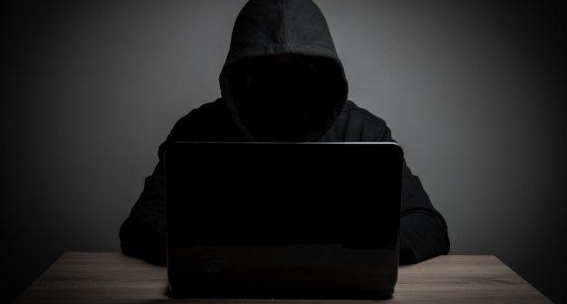 Fique atento: cuidado com o roubo de dados do currículo RH no Mundo